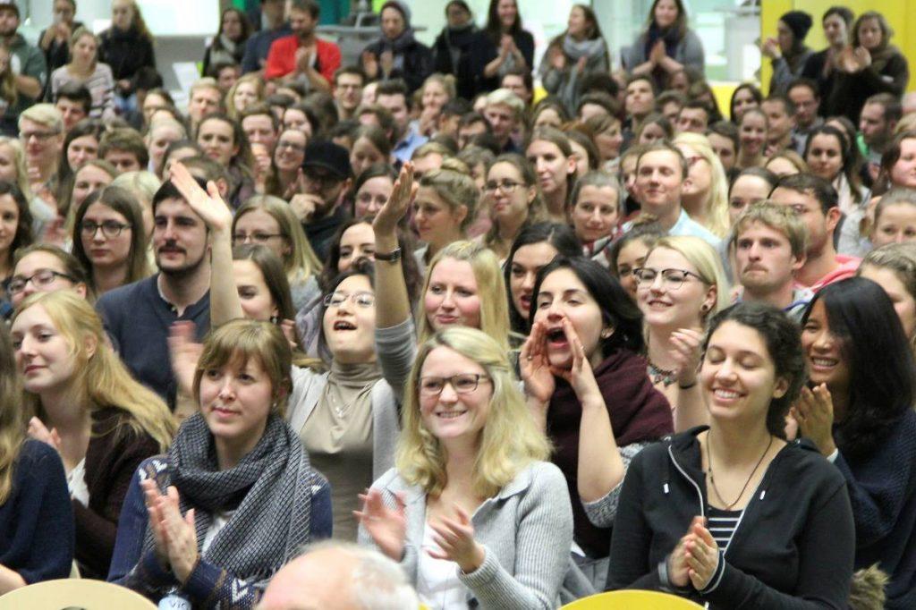 Campus Kunst Zuschauer