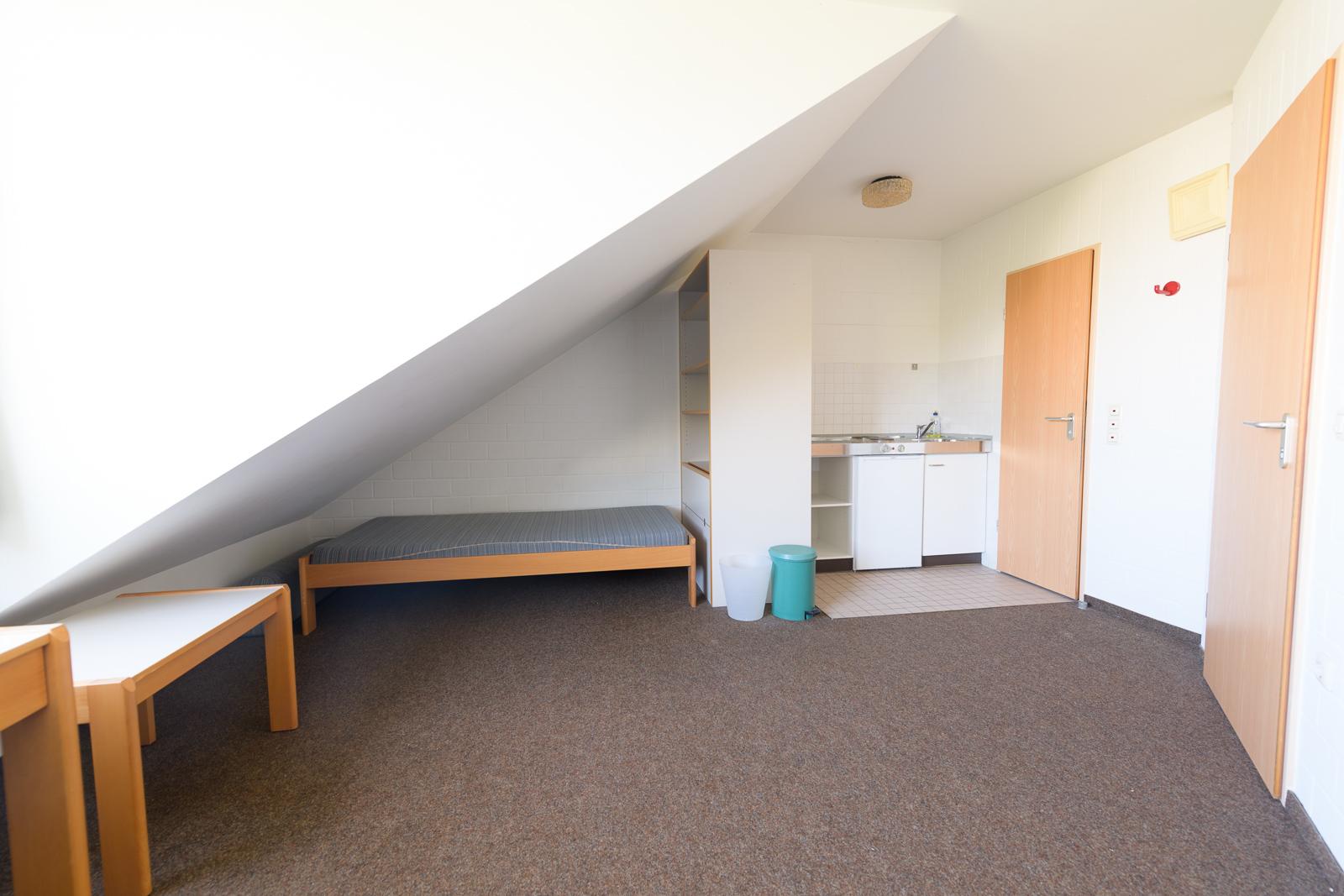 Einzelzimmer Dach Wohnanalage Univiertel